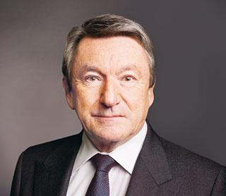 Ernst Tanner (CH) Herr Tanner wurde 1993 vom Verwaltungsrat als CEO und Vizepräsident gewählt. Im Jahre 1994 übernahm er das Präsidium des Verwaltungsrats. - verwaltungsrat_ernst_tanner